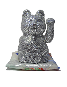 Glamour puss, 17x 15x 13cm, 2014, acrylic paint, rhinestones on plastic, silk, polyester filling